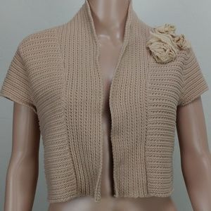 CAbi cropped open sweater flower detail